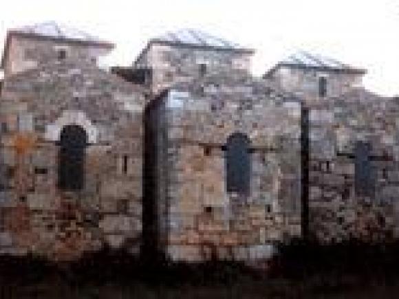 Basílica visigoda, en Alcuéscar